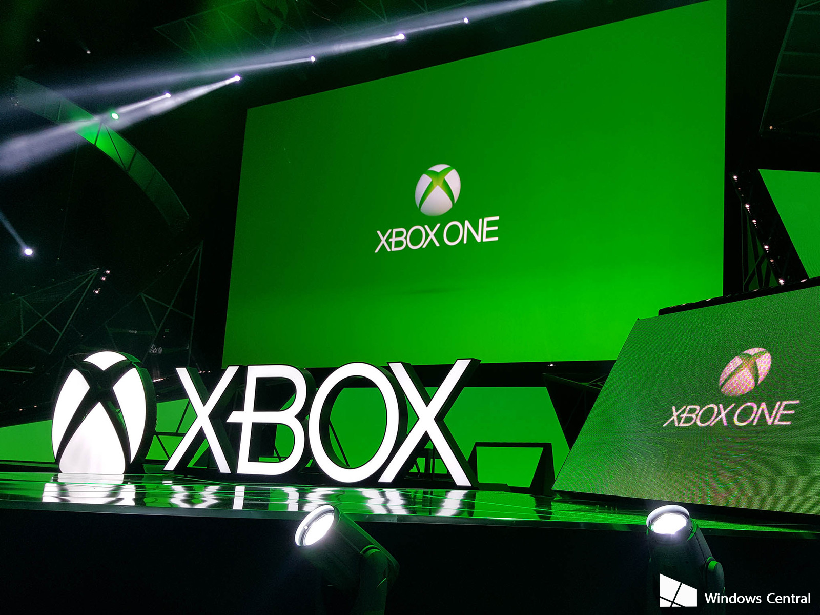 E3 2016: Microsoft Stuns The Crowd